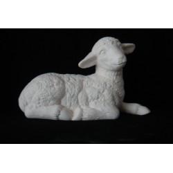 Schaf liegend mittelgroß